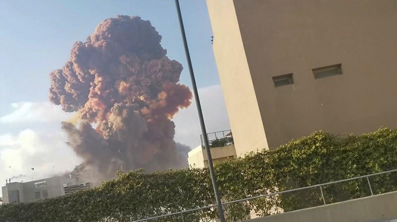 黎巴嫩首都貝魯特港口地區4日發生大爆炸。(路透)
