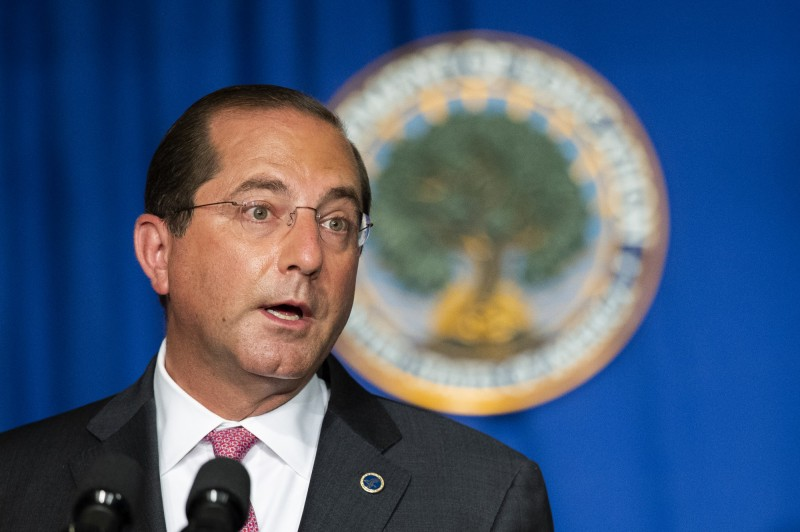 美國衛生部長阿札爾(圖)將訪台,立委陳亭妃指出,這顯示《台灣旅行法》確實在實行。(美聯社資料照)