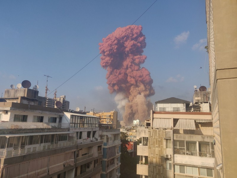 貝魯特大爆炸至今已知造成百人死亡,數千人受傷。(路透)