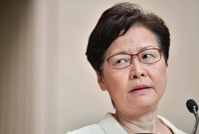 中國強行推動《港版國安法》,限縮香港政治自由,美媒《彭博》稍早釋出消息指出,美國總統川普將因此對中國官員進行制裁,其中包含香港特首林鄭月娥(見圖)。(法新社)