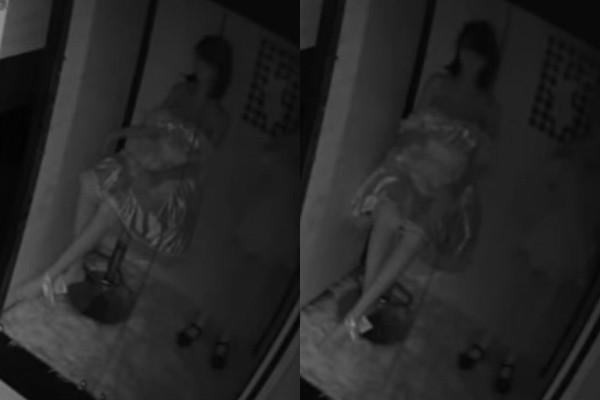 台北市某情趣用品店內的警報器因不明原因突然響起,接著在展示櫃內的等身娃娃突然動了起來,原先臉朝前方玻璃門,突然轉成面向監視器的方向,相當詭異。(圖擷取自臉書粉專)