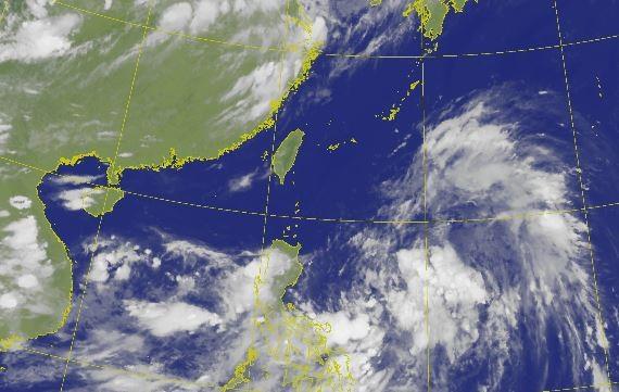 天氣風險公司總監賈新興表示,今年颱風生成爆發期預計「下看至9月上旬後」。圖為衛星雲圖。(圖取自中央氣象局)