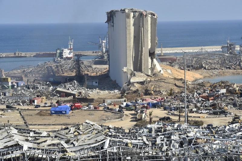 黎巴嫩首都貝魯特的港口4日發生大爆炸,黎巴嫩當局目前已拘留16人,正持續進行調查。(歐新社)