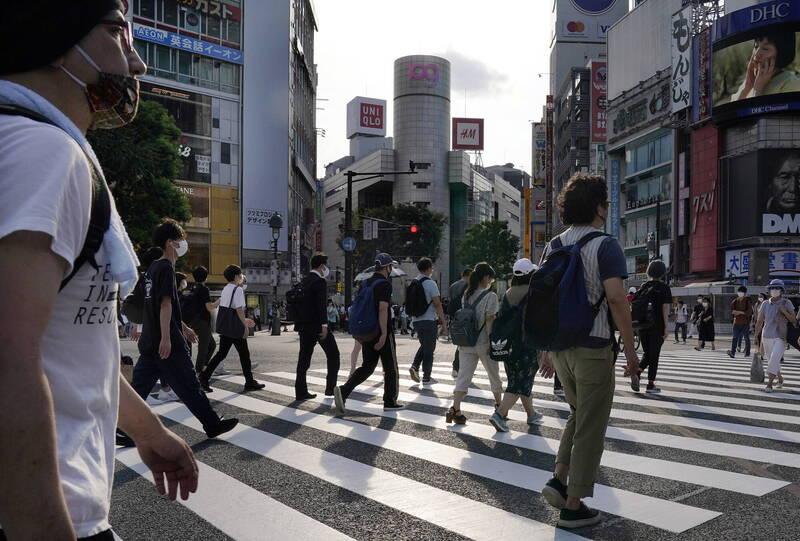 武漢肺炎(新型冠狀病毒病,COVID-19)疫情席捲日本,今日日本宣布再增1584例確診,再次刷新紀錄,也讓目前日本累積確診數達4萬5878例。(歐新社)