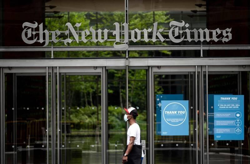 中共喉舌「中國日報」多年來付費在美國媒體刊登帶有宣傳性質的文章,引起美國國會議員關切後,紐約時報已默默刪除網站上數以百計的中共宣傳業配文。(法新社)