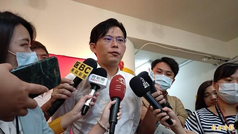 黃國昌昨深夜再發文公開向時代力量黨內外夥伴喊話。(資料照)