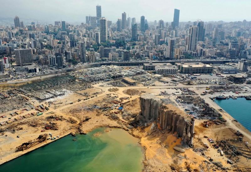 黎巴嫩貝魯特4日發生引燃硝酸銨的大爆炸。(法新社)