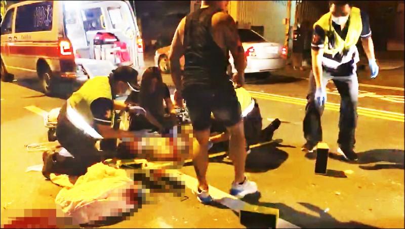 草屯鎮民政課長林炯欽參加模範父親餐會後,坐鎮代陳家財機車,昨凌晨在巷口被酒駕男撞上,當場失去生命徵象,救護人員急做CPR仍回天乏術。(民眾提供)
