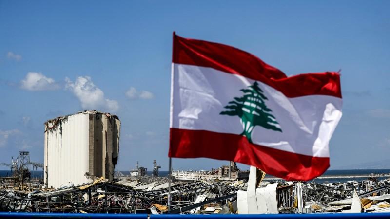 貝魯特4日發生大爆炸後,英國政府承諾再向黎巴嫩提供2000萬英鎊(約7.69億台幣)的援助。(法新社)