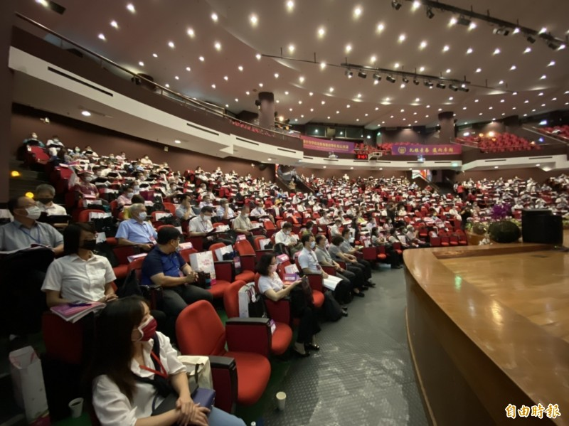 全國高中職和特殊教育學校校長會議(南區)今在國立彰化高中舉行。(記者張聰秋攝)