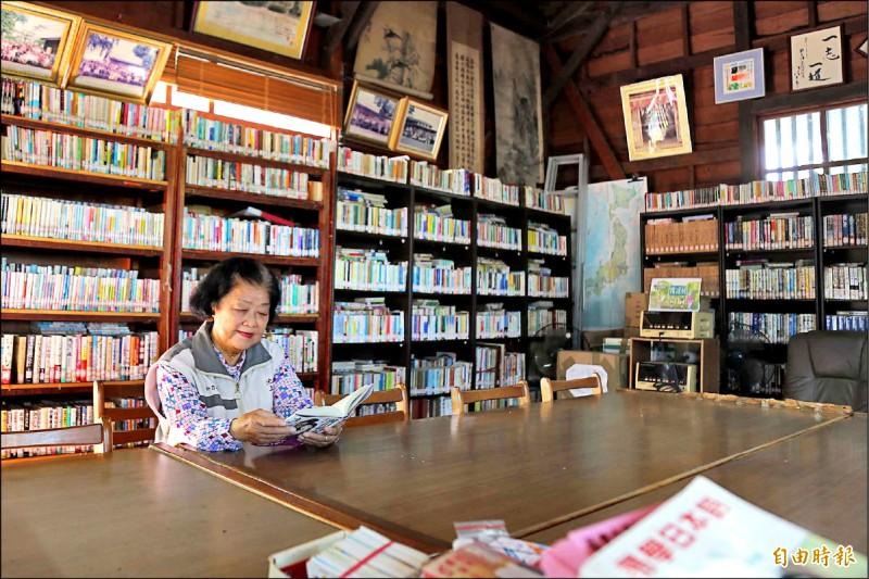 隨著台灣的日語世代族群逐年消逝,屏東縣竹田鄉「池上一郎文庫」幾乎沒有人來借書,面臨營運困境。(記者邱芷柔攝)