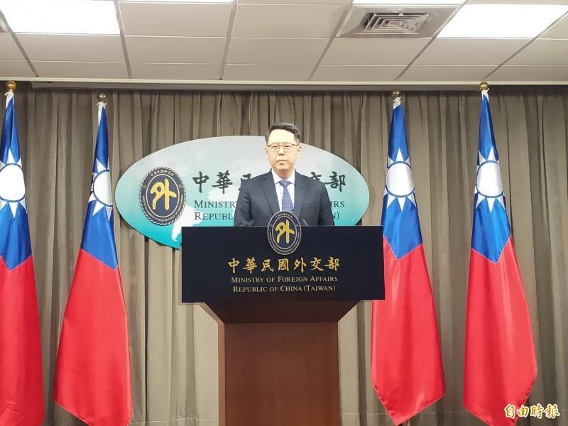 外交部歐洲司司長姜森在例行記者會上說明捷克參議長韋德齊的訪台行程規劃(記者彭琬馨攝)