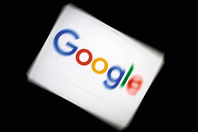 美國華盛頓郵報十四日獨家報導指出,全球最大網際網路搜尋引擎Google十三日已正式知會香港警務處,不再直接回應香港政府的數據要求。(法新社檔案照)