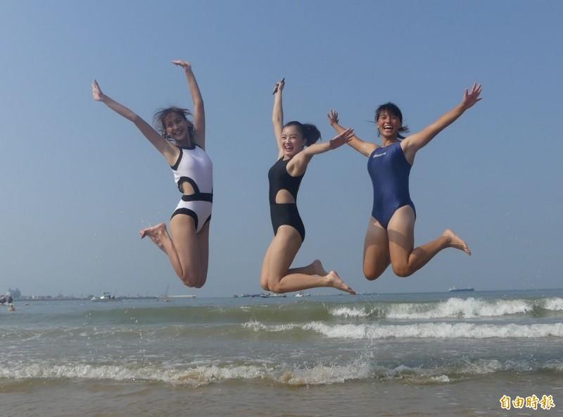充滿陽光、青春、歡笑的金門2020搶灘料羅灣活動將於16日登場。(資料照,記者吳正庭攝)