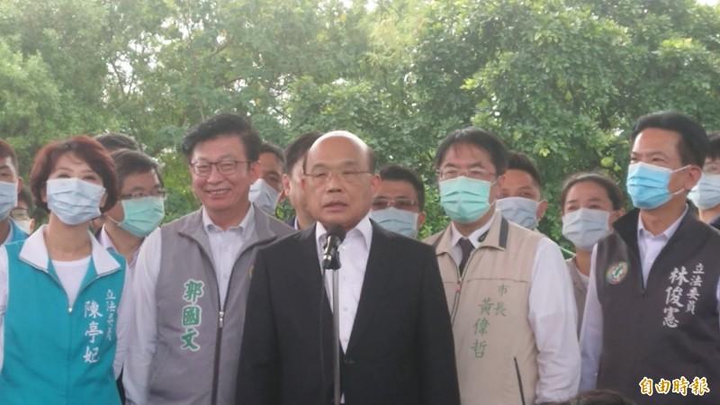 對於國民黨議員指控下令偵辦民代關心3倍卷假議題是「綠色恐怖」,蘇貞昌今天強勢回應,依法偵辦剛剛好而已。(記者洪瑞琴攝)
