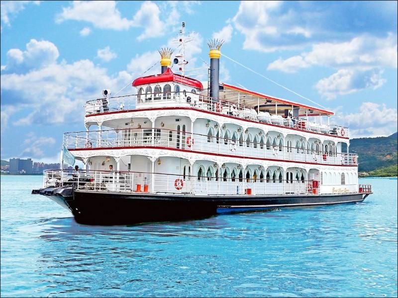 台灣三大飯店集團聯合推出「皇后號」遊輪星光夜遊淡水河,預計10月24日啟航。(業者提供)