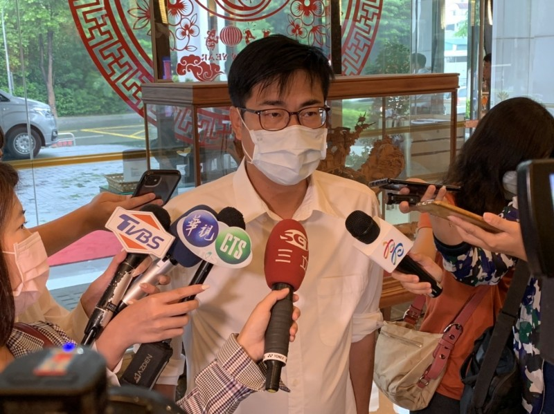 陳其邁今表示,誠摯邀請前市長韓國瑜出席就職典禮,但是否出席要尊重韓市長意願。(記者王榮祥翻攝)