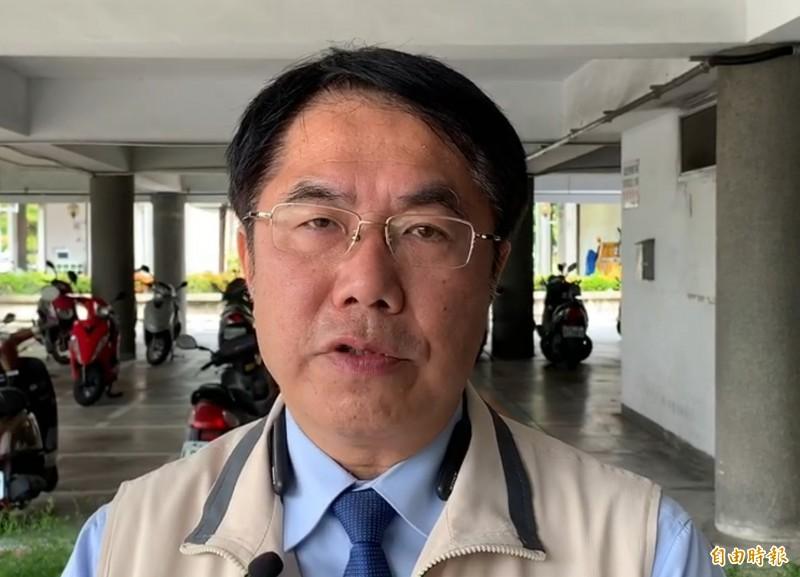 對於前國民黨主席吳敦義稱讚前總統馬英九「年華正盛」,台南市長黃偉哲表示,聽了差點昏倒。(記者劉婉君攝)