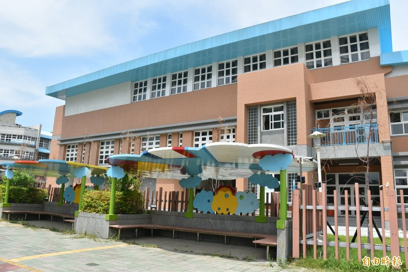 青埔國中嶄新的活動中心竣工使用。(記者李容萍攝)