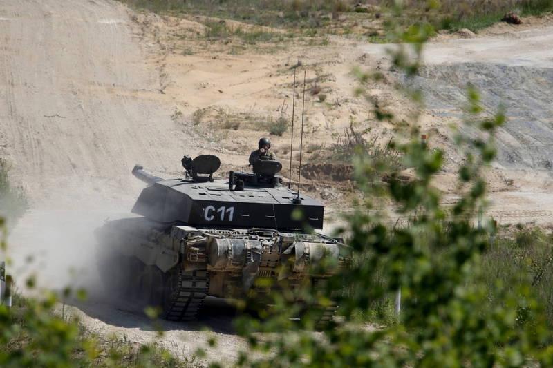 目前英國擁有約227輛「挑戰者2」戰車,但自1998年服役以來並未進行重大升級。(歐新社)
