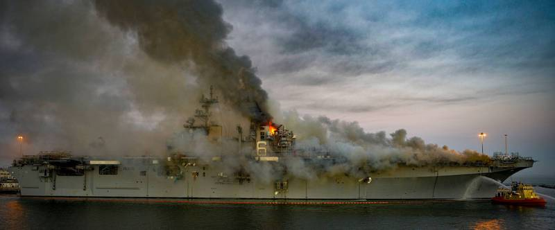 The US Navy's Wasp-class amphibious landing ship USS Bonhomme Richard exploded and caught fire last month.  (AFP information photo)