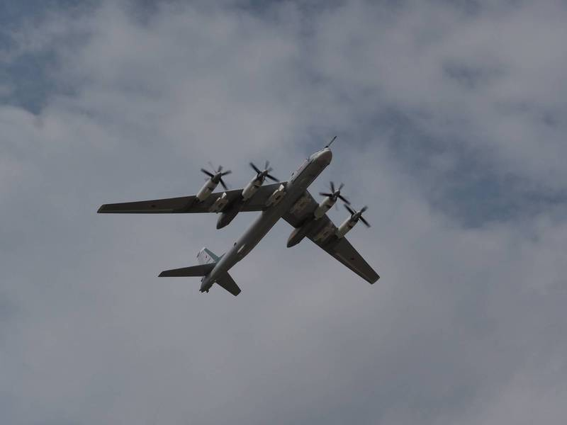 The upgraded Tu-95MSM can carry 8 long-range cruise missiles.  (The picture is taken from UAC Twitter)
