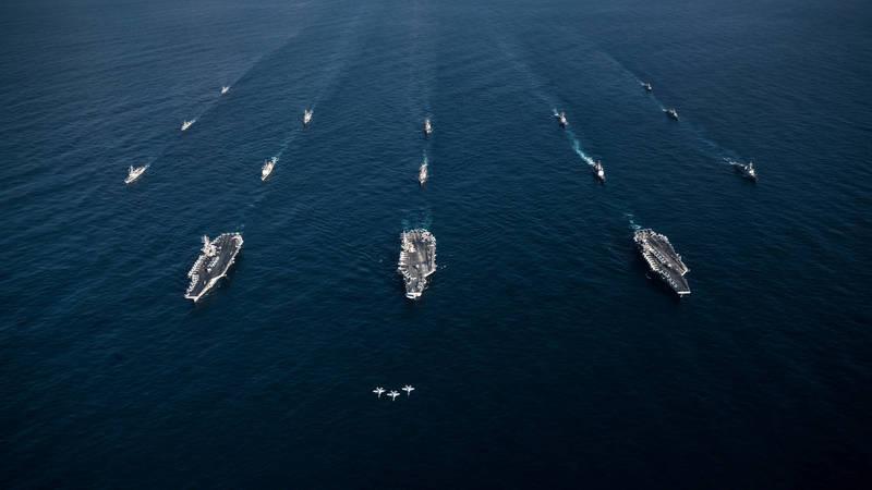 美國海軍核動力航母尼米茲號、雷根號和羅斯福號3支航艦打擊群。(路透資料照)