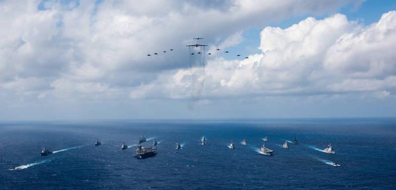 松田康博指出,若美軍出動護台,日本也肯定會介入。圖為美日共同演習。(歐新社檔案照)