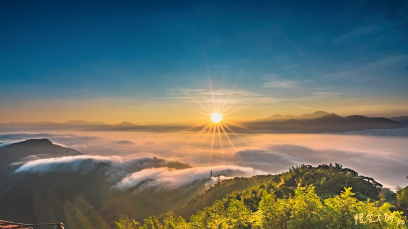 日出、雲瀑、琉璃雲海 集集大山縮時攝影彷彿仙境