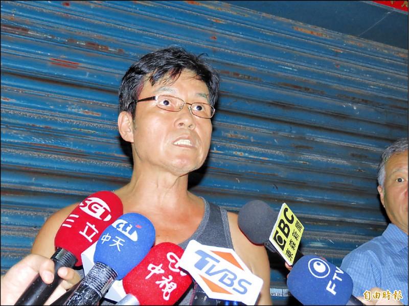 加利科技老闆林明進昨晚現身激動說「很希望被踢出口罩國家隊!」(記者陳心瑜攝)