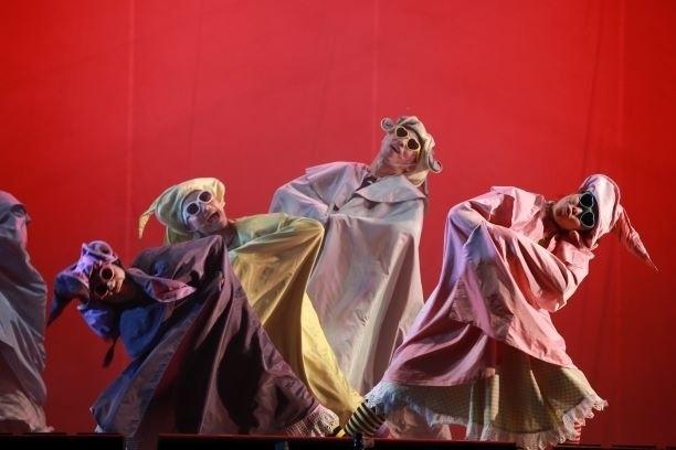 巫婆之舞。(紙風車劇團提供)