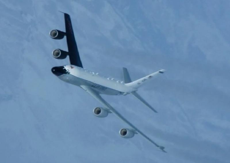 美軍RC-135S「眼鏡蛇球」偵察機。(圖取自美國空軍官網)