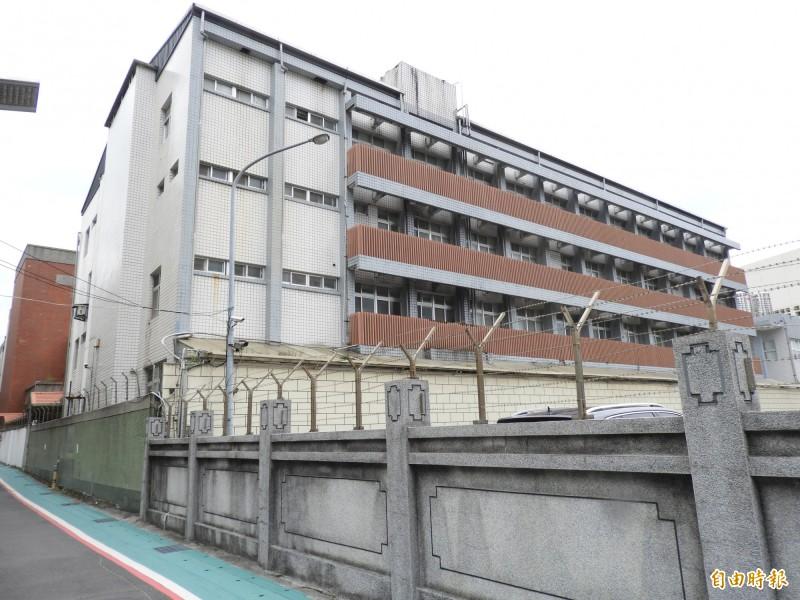 位於台北市延平南路巷內的保密局南所,現址已改建大樓,原建物拆除不存。(記者陳鈺馥攝)