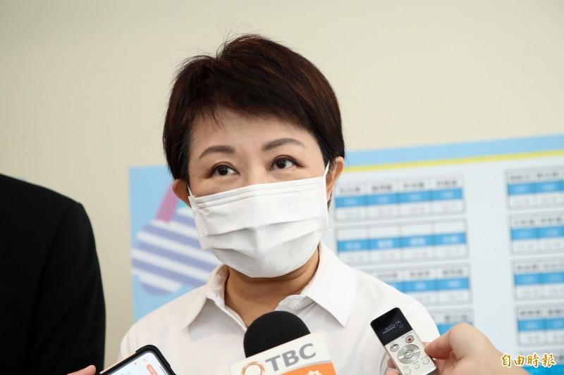 台中市長盧秀燕今日參與公私立小學校長會議後再次強調,未來不僅校園吃不到含萊劑的美豬肉,全市都吃不到。(記者蘇孟娟攝)