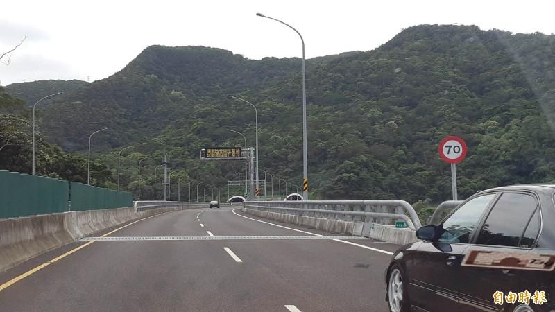 南迴改草埔森永隧道速限70公里,迄今違規開單已逾1萬8千件。(記者黃明堂攝)