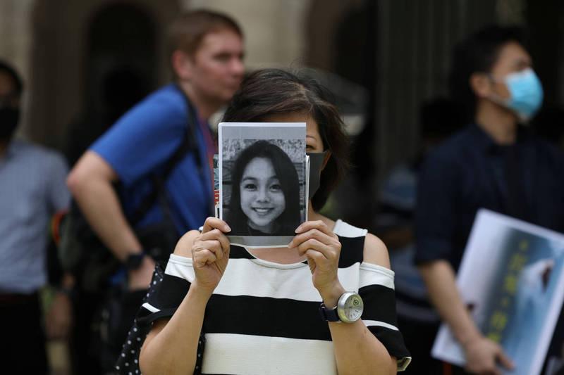 香港民眾對港警處理陳彥霖死亡案的態度及結果不滿,發起「還我真相」的活動,以告慰陳彥霖在天之靈。(路透)