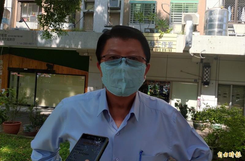 謝龍介表示,他個人認為赴海峽論壇交流整件事已經變調了,不宜再去。(記者蔡文居攝)