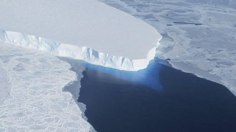南極「末日冰川」快速融化 冰層基底找到元兇了 - 國際 - 自由時報電子報