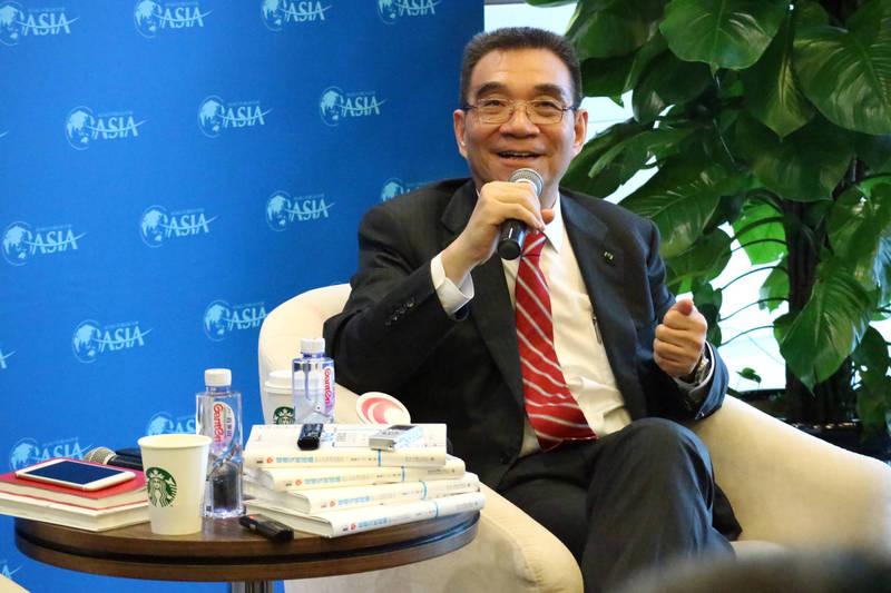 習近平國師林毅夫(見圖)近日聲稱,「中國五年後將成為高收入國家」,被抓包與五年前的說詞相當雷同。(中央社資料照)