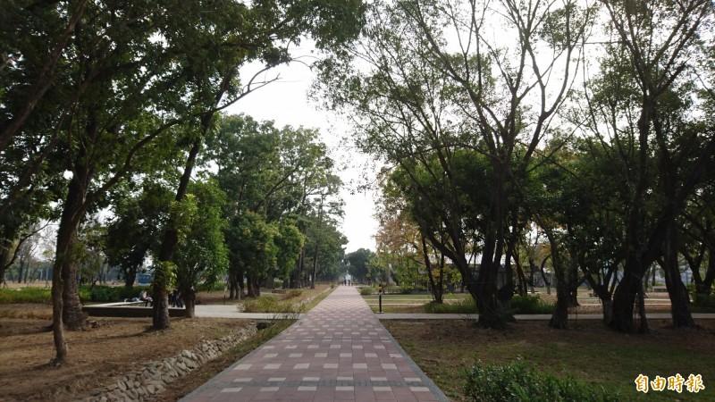 平實營區重劃區有中央軸帶景觀公園。(記者洪瑞琴攝)