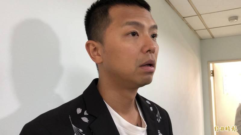 小鬼猝逝...酸民嗆峮峮遭肉搜 海巡署澄清:非現役人員