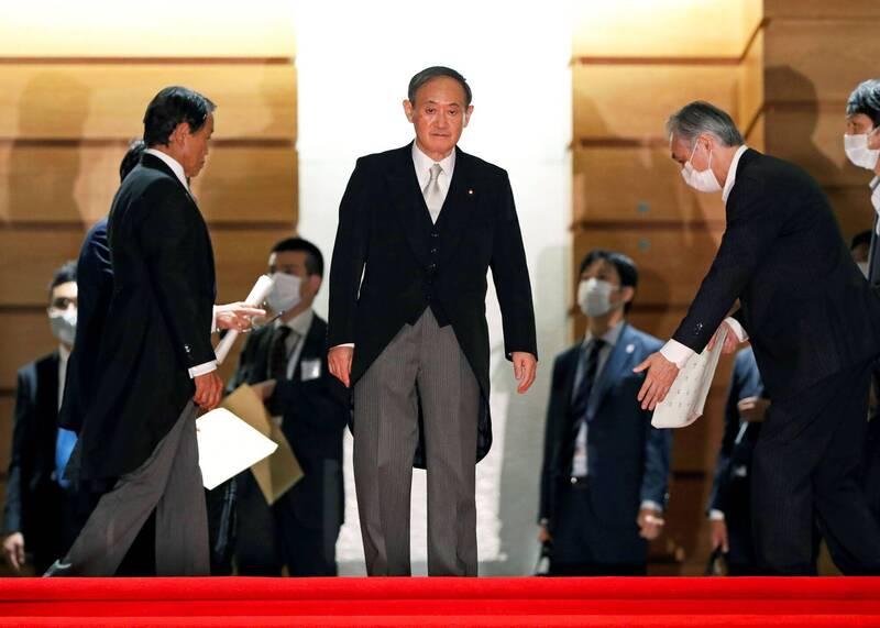 日經:菅內閣起步 民調支持度74%史上第3高