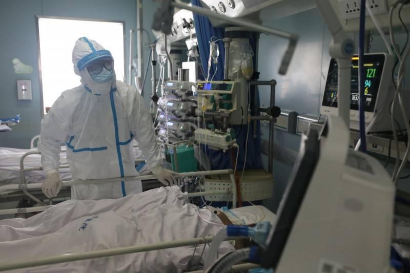 武漢肺炎(新型冠狀病毒病,COVID-19)持續於全國肆虐,據國外網站統計,全球目前已逾3000萬例確診,另有超過94萬人死亡。(路透)