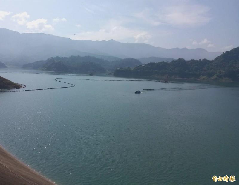 正值颱風季,曾文水庫目前蓄水率卻僅有4成。(記者吳俊鋒攝)