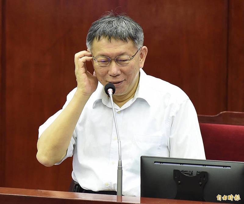 台北市議會18日繼續「市長施政報告之質詢及答覆」,市長柯文哲列席備詢。(記者簡榮豐攝)