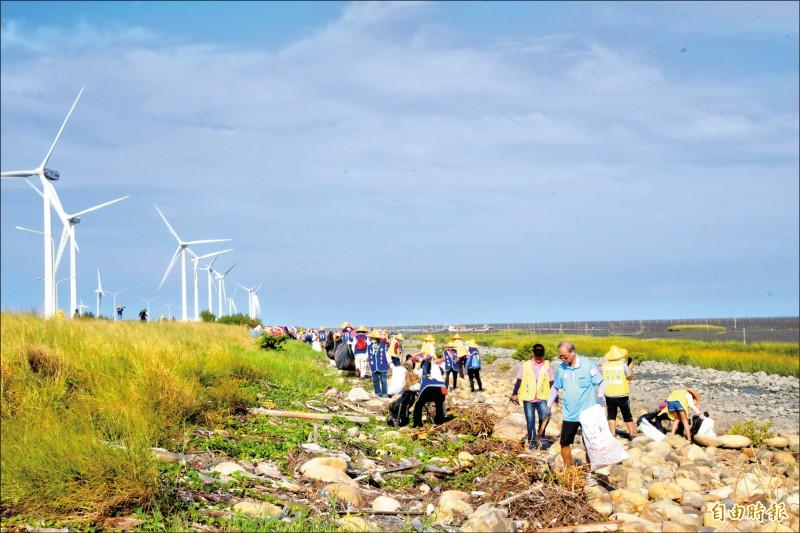 伸港濕地清出1噸垃圾 55%可回收