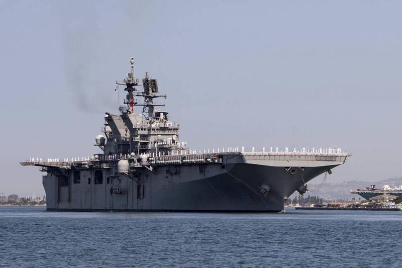 「的黎波里號」抵達加州聖地牙哥海軍基地。(圖擷取自美軍太平洋艦隊)