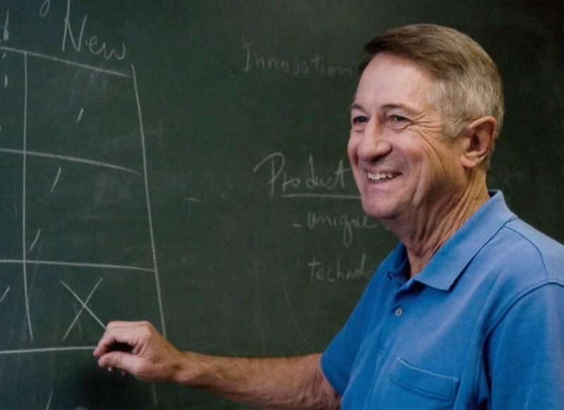 發明Gore-Tex透氣防水布料技術的戈爾(Robert W. Gore),徹底改變了戶外服飾,他17日病逝於美國馬里蘭州,享壽83歲。(美聯社)