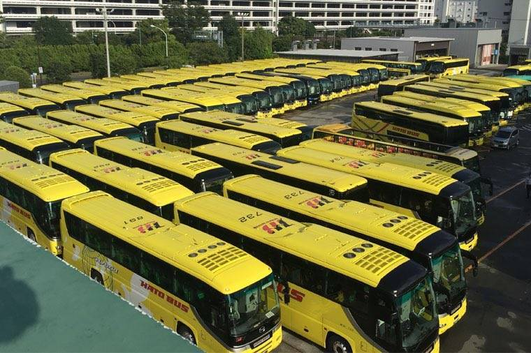 疫情影響業績 日本公司用60輛車組巴士迷宮意外大受歡迎