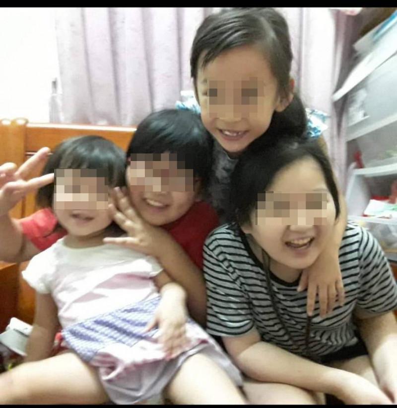前排右為12歲的姊姊,前排左為2歲么妺,兩人都不幸在火警中天人永隔。(記者顏宏駿翻攝)